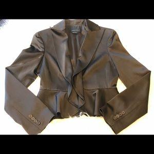BCBGMaxazria  Womens Suit-Pants & Jacket. Size 2/4